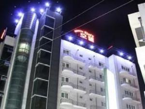 Kims Hotel Gumi