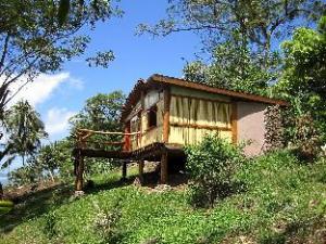 Oviri Lodge