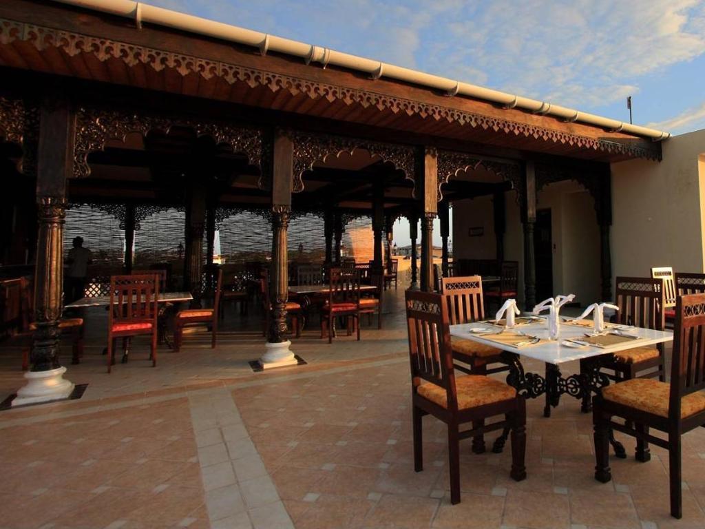 Golden tulip zanzibar boutique hotel hotels book now for Boutique hotel zanzibar stone town