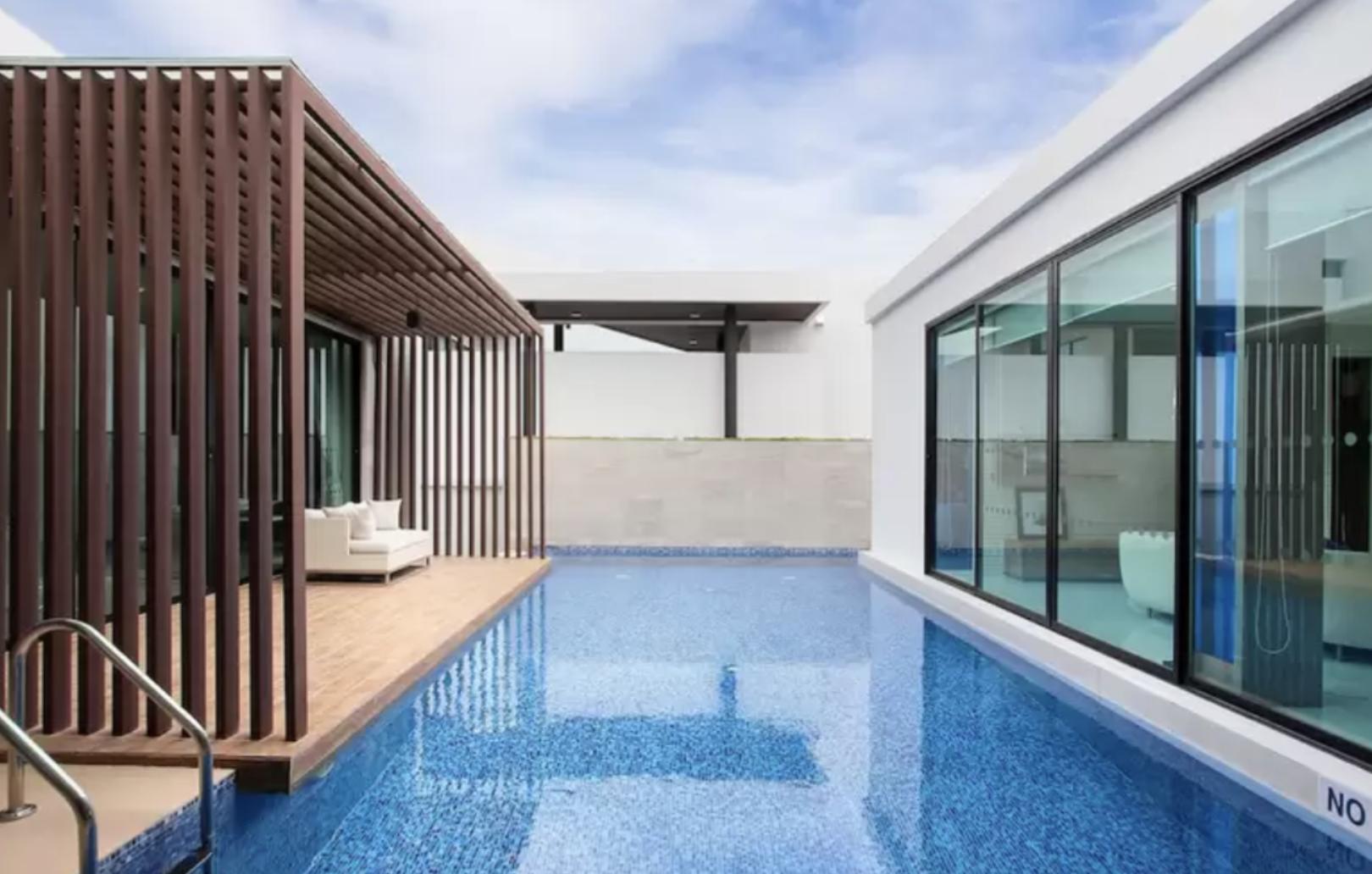 Movenpick Luxury Pool Villa In Pattaya Beach New