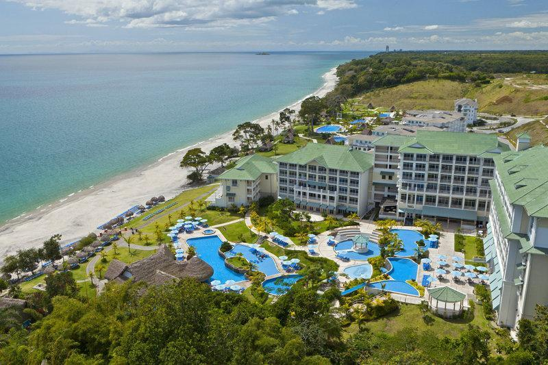 Sheraton Bijao Beach Resort� All Inclusive