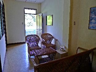 picture 5 of Jeshiela Guest House
