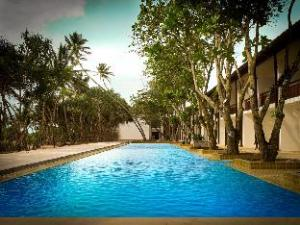 Pandanus Beach Resort and Spa