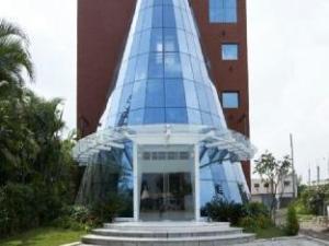 Satyan Inn
