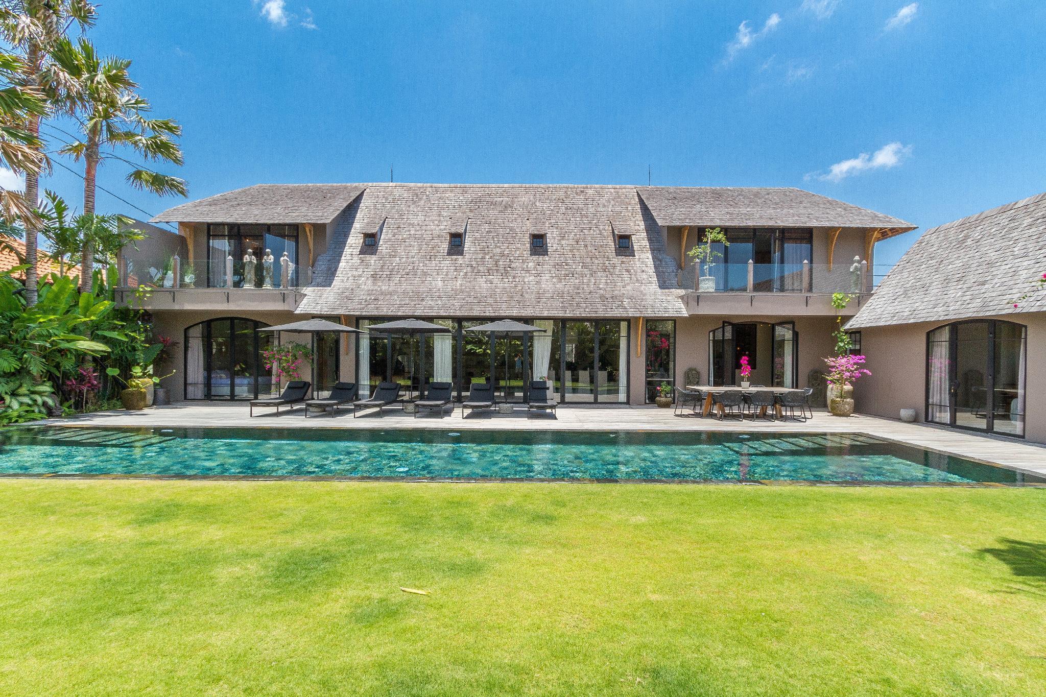 Villa Nehal