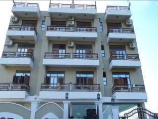 Sukrit Inn