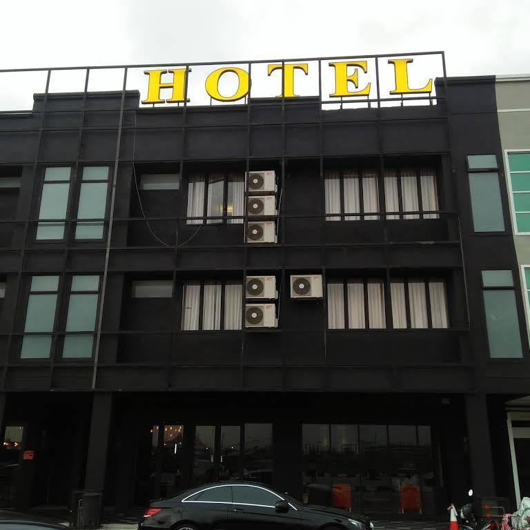 68 BOUTIQUE HOTELS