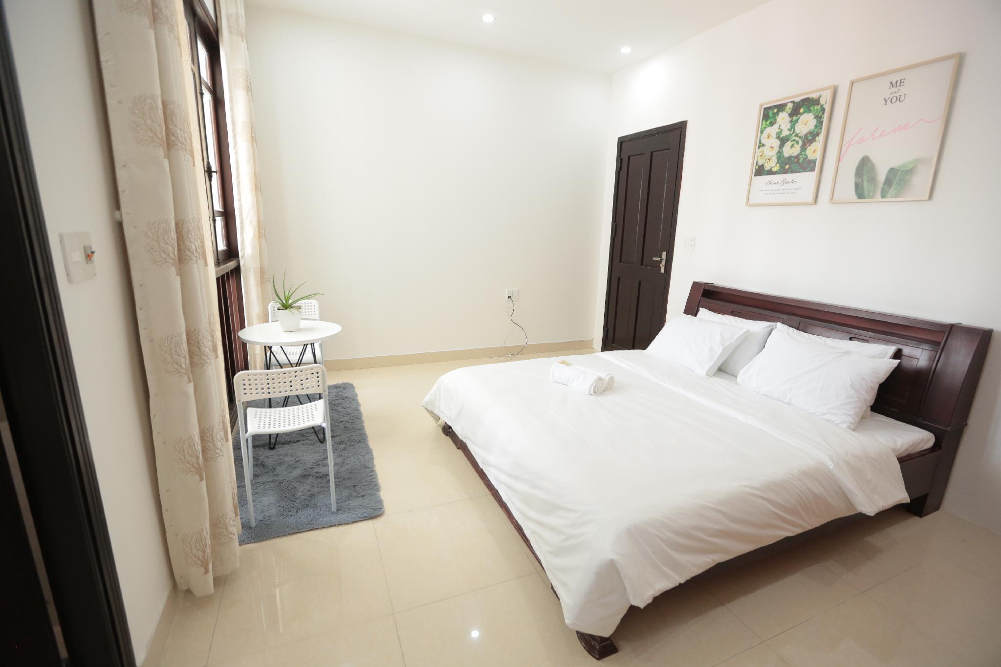 BEN'S HOUSE  4 Bedroom   Da Nang Beach