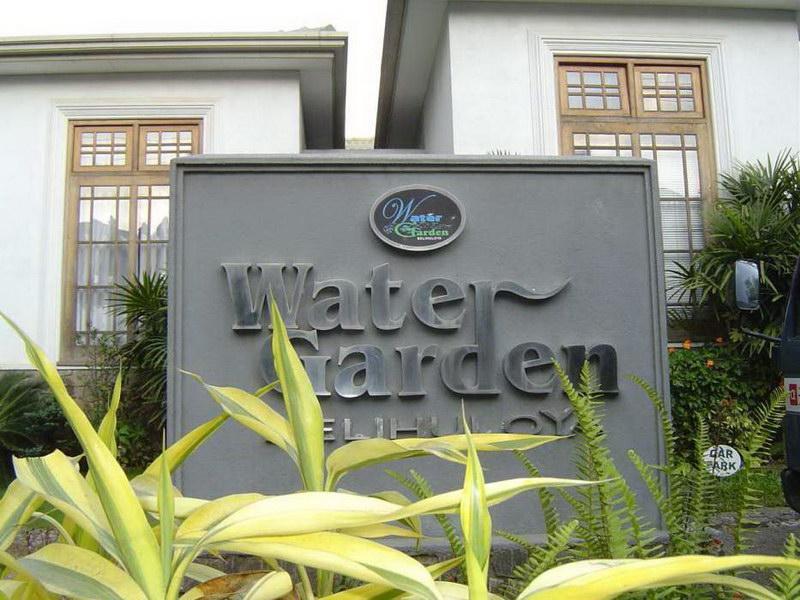 Water Garden Hotel