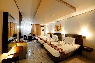 picture 2 of Ninong's Hotel