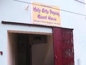 Holy City Paying Guest House