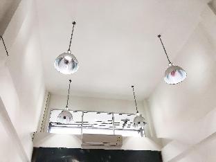 [ステープ]一軒家(350m2)| 2ベッドルーム/2バスルーム 5stories, Big, cozy house, 15min from Airport