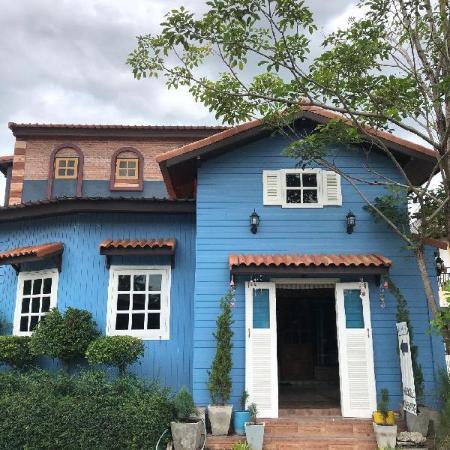 The Color Resort Amphawa Amphawa