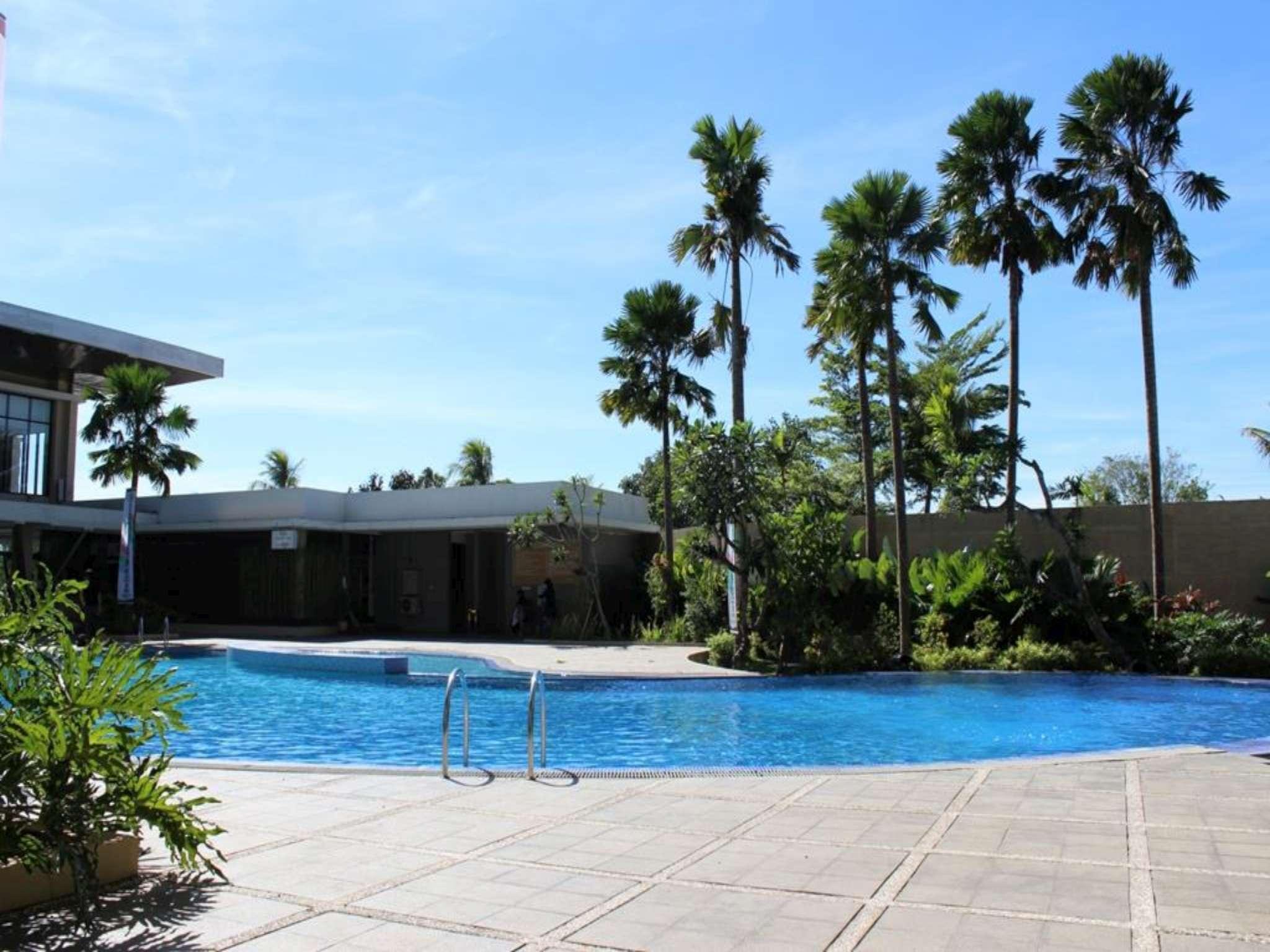 Ratu Hotel Serang picture