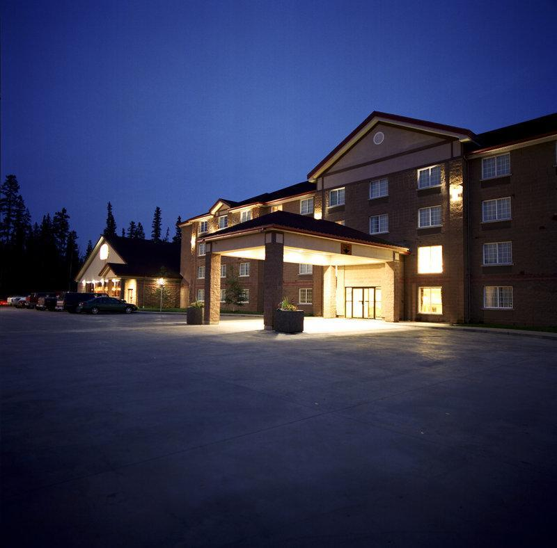 Woodlands Inn And Suites