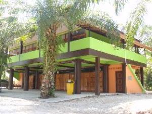 Phuendernthang Resort