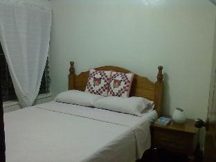 picture 5 of Bnky Bed and Breakfast