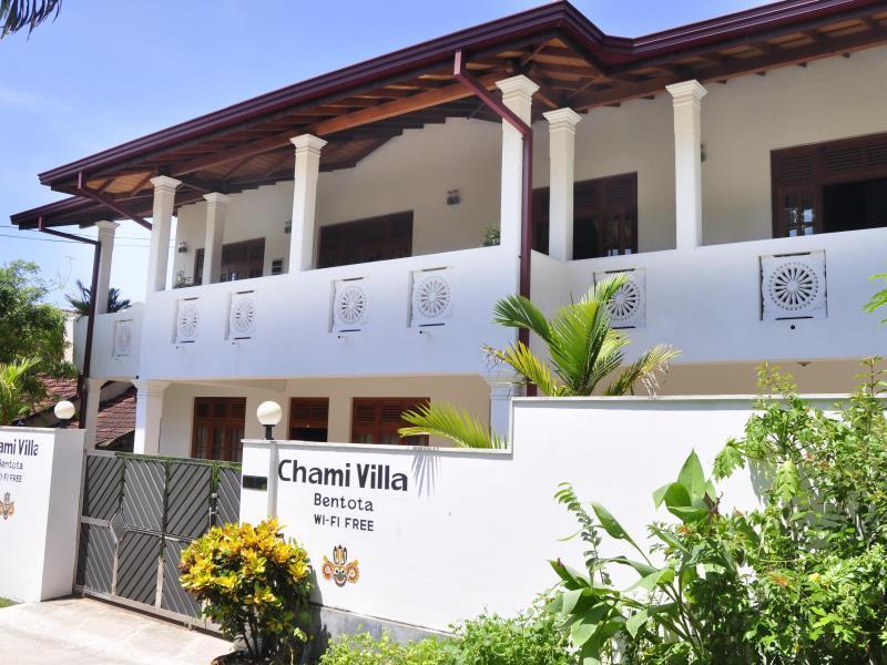 OYO 241 Chami Villa Bentota