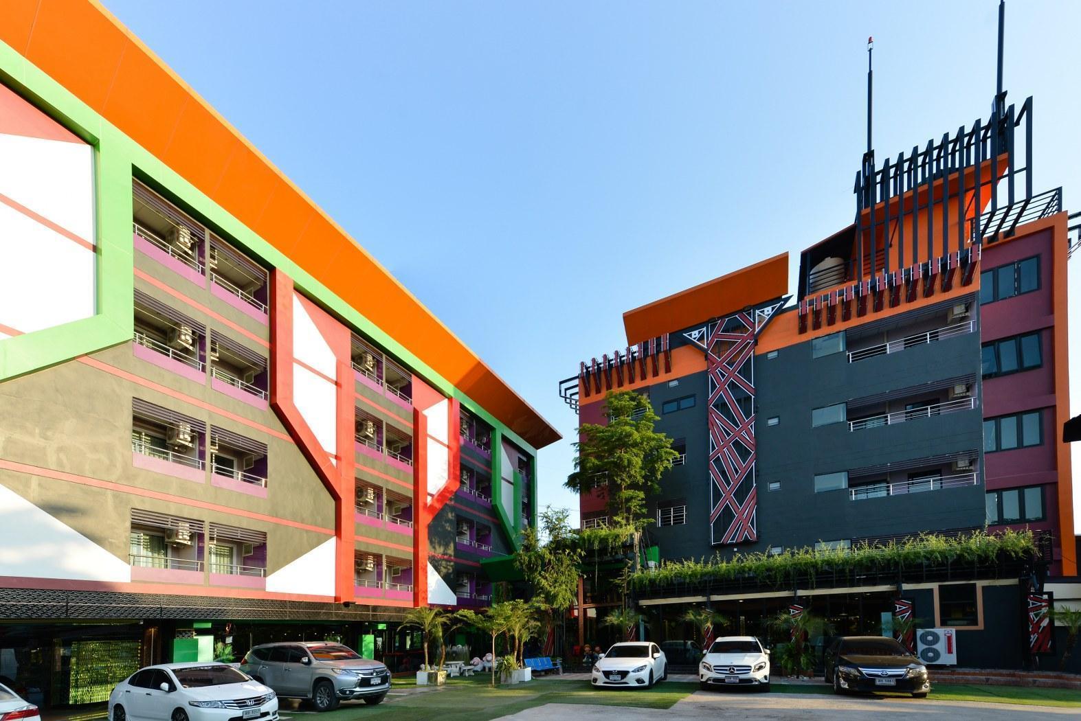 Media Hotel & Residence Bangkok มีเดีย โฮเต็ล แอนด์ เรสซิเดนซ์ กรุงเทพฯ