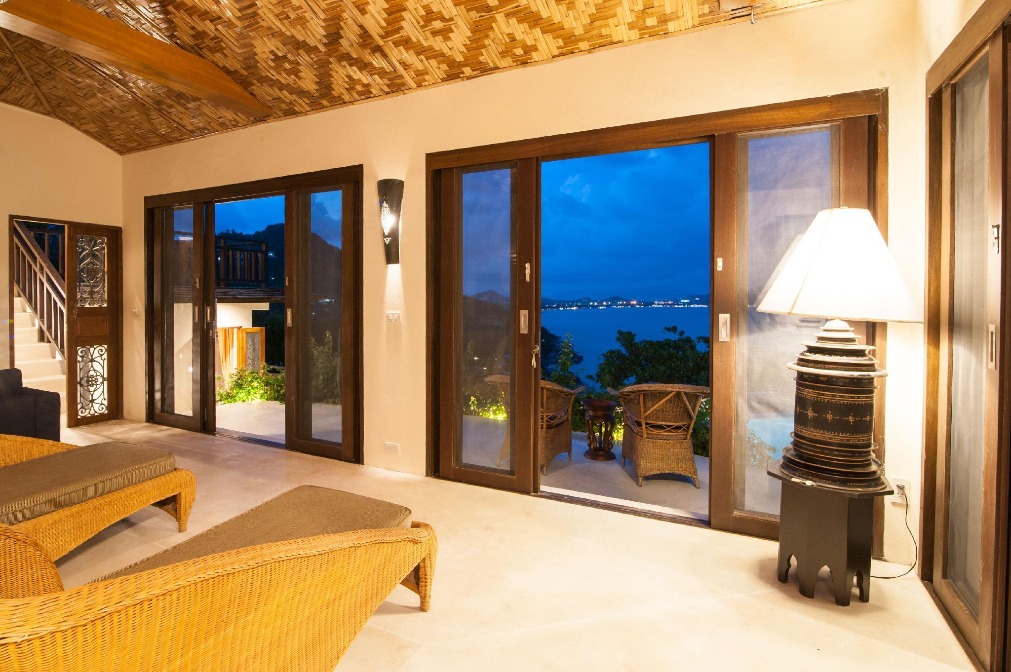 Luxury Thai Style Villa With Rock Pool Sea View.