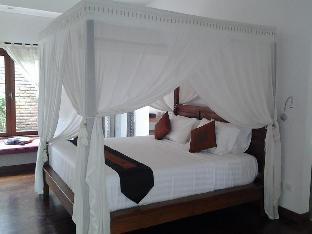 Villa Sarah Jaya