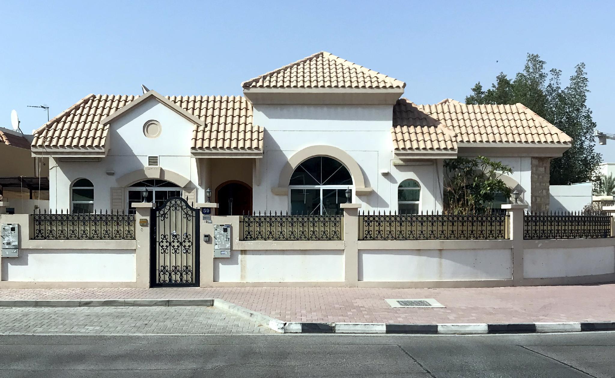 Home Away Home Villa With Splendid Swimming Pool