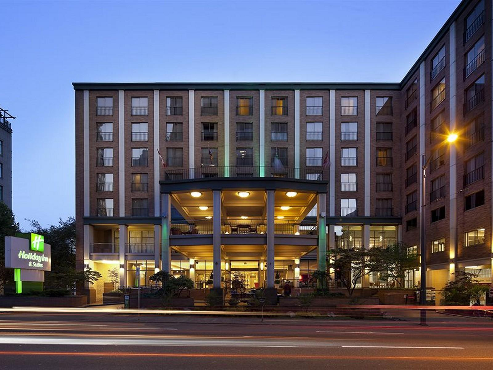 Holiday Inn Vancouver Downtown And Suites