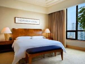 ヒルトン 重慶 (Hilton Chongqing Hotel)