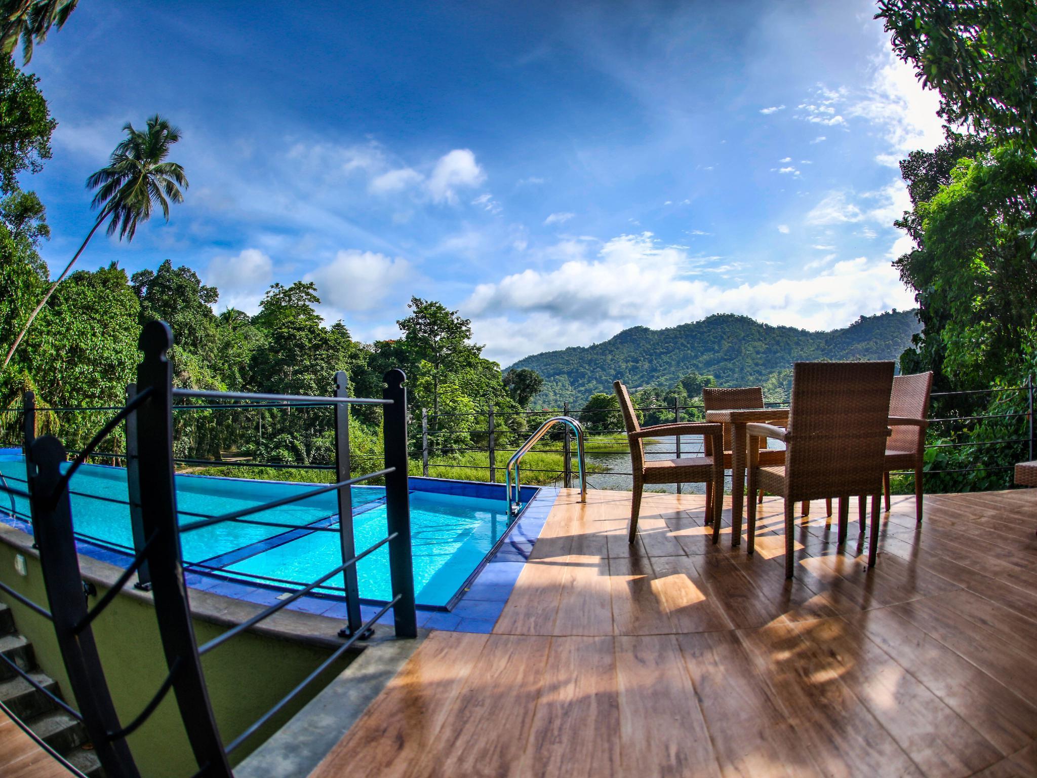 Huluganga Resort