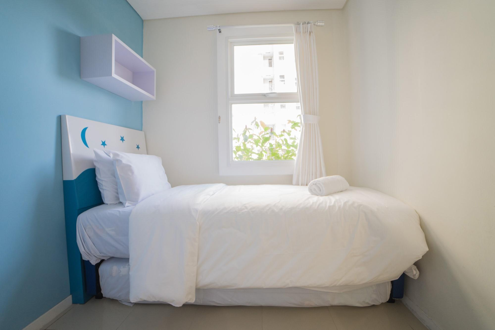 Cozy 2BR Apt At Parahyangan Residence By Travelio