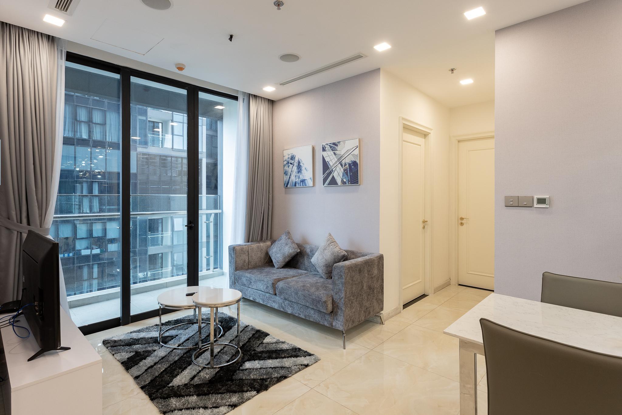 Vinhomes Golden River   2BedRs   Luxury Apartment