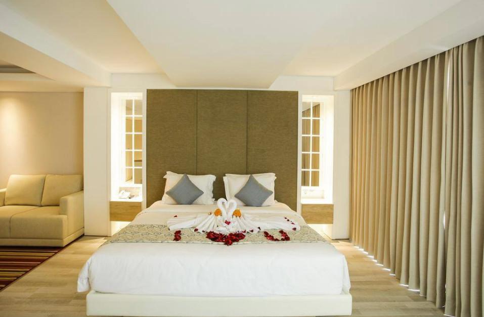 112 Suite Room Beach Front At Nusa Dua  SB