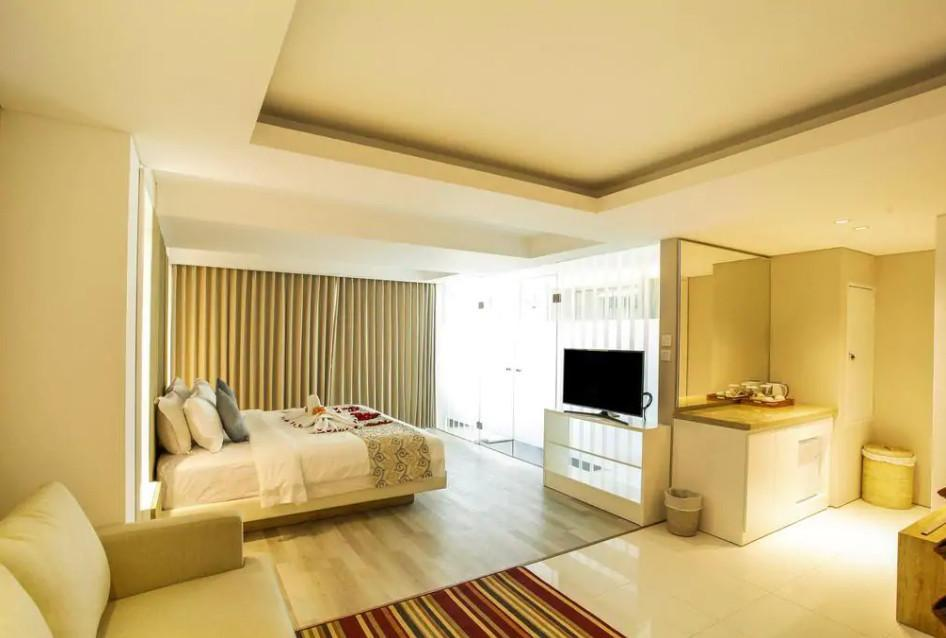 103 Suite Room Beach Front At Nusa Dua  SB