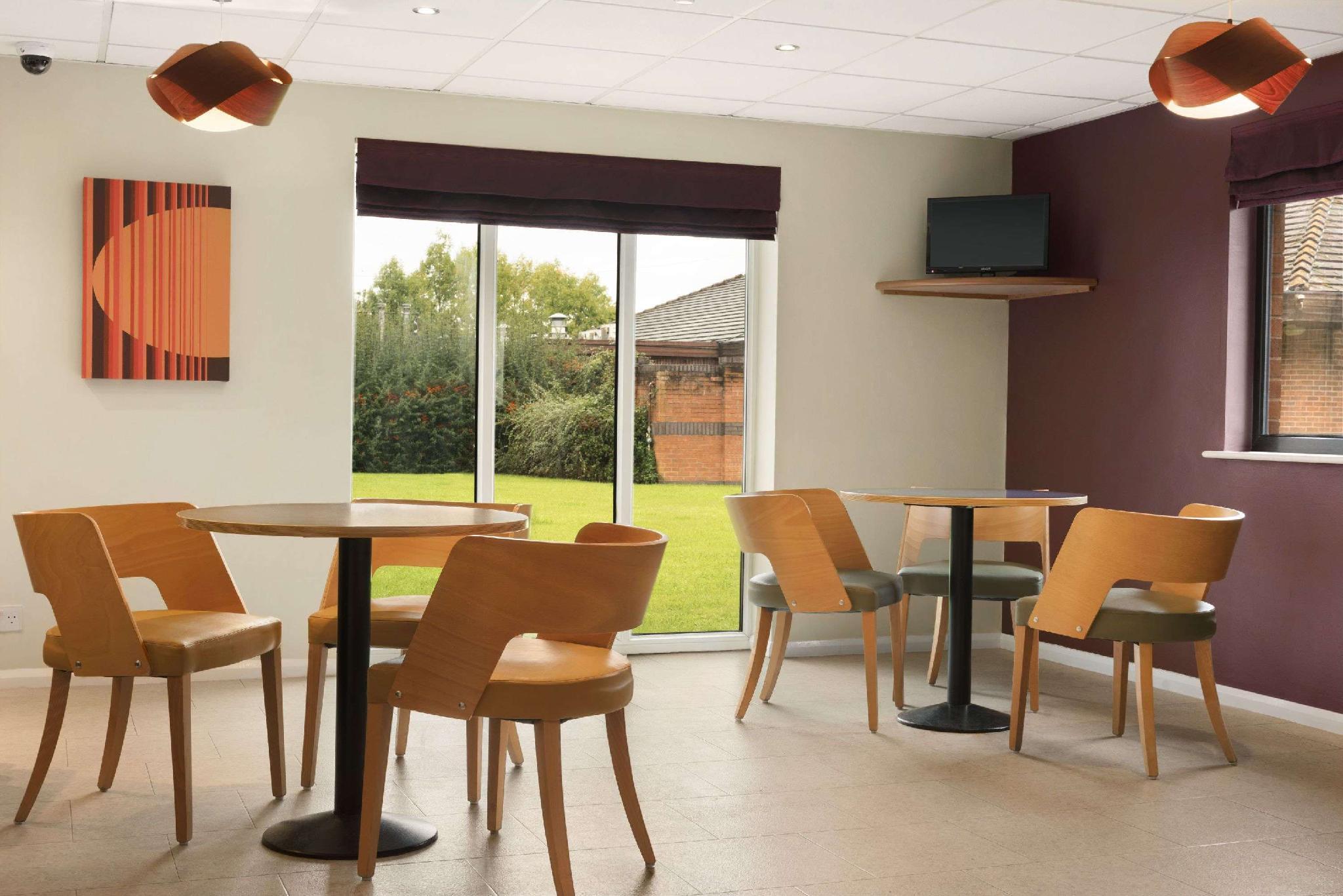 Days Inn Warwick North M40 Reviews