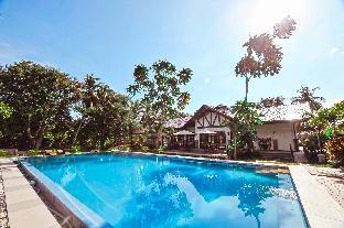 picture 3 of Rose Villas Resort