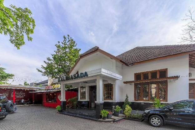 RedDoorz Plus near Taman Lalu Lintas Bandung