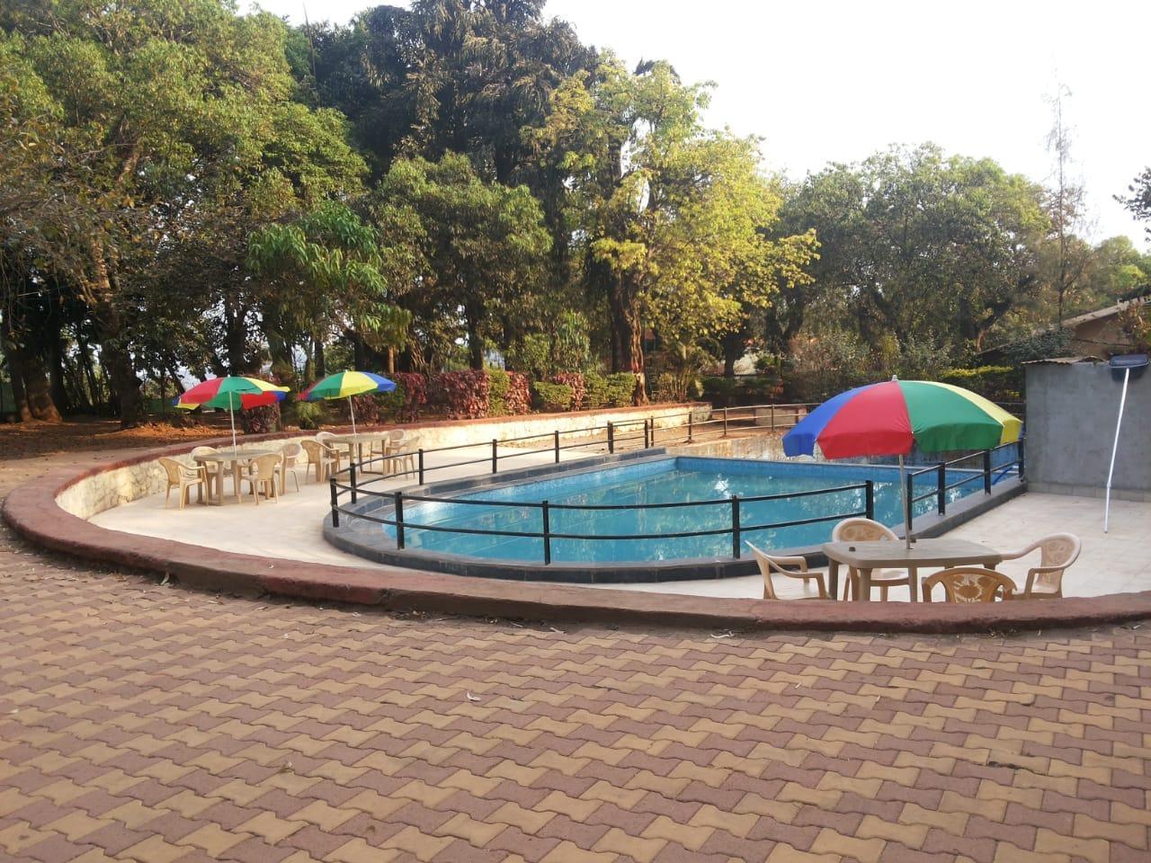 Le Pearl Girija Resorts Mahableshwar