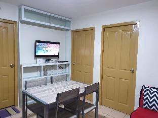 picture 5 of 2 BR fully furnished with Wifi rooms aircon.