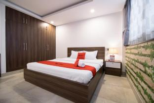 RedDoorz Premium @ Hang Xanh - Ho Chi Minh City