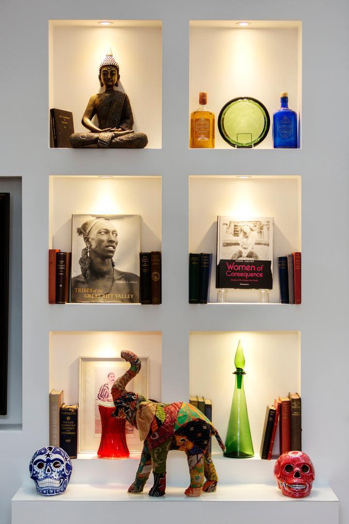Price Chelsea Art Apartment