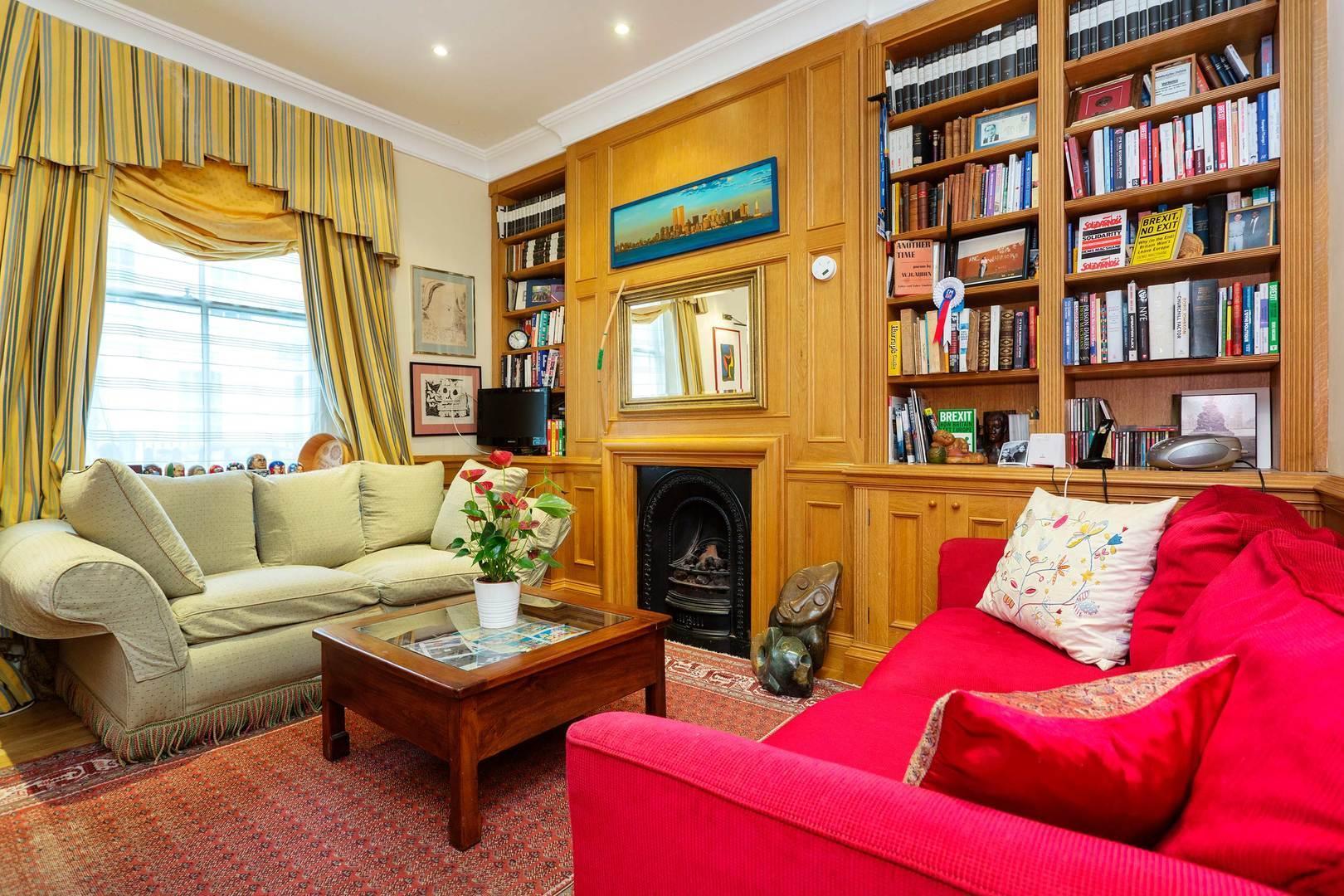 Pretty in Pimlico Reviews