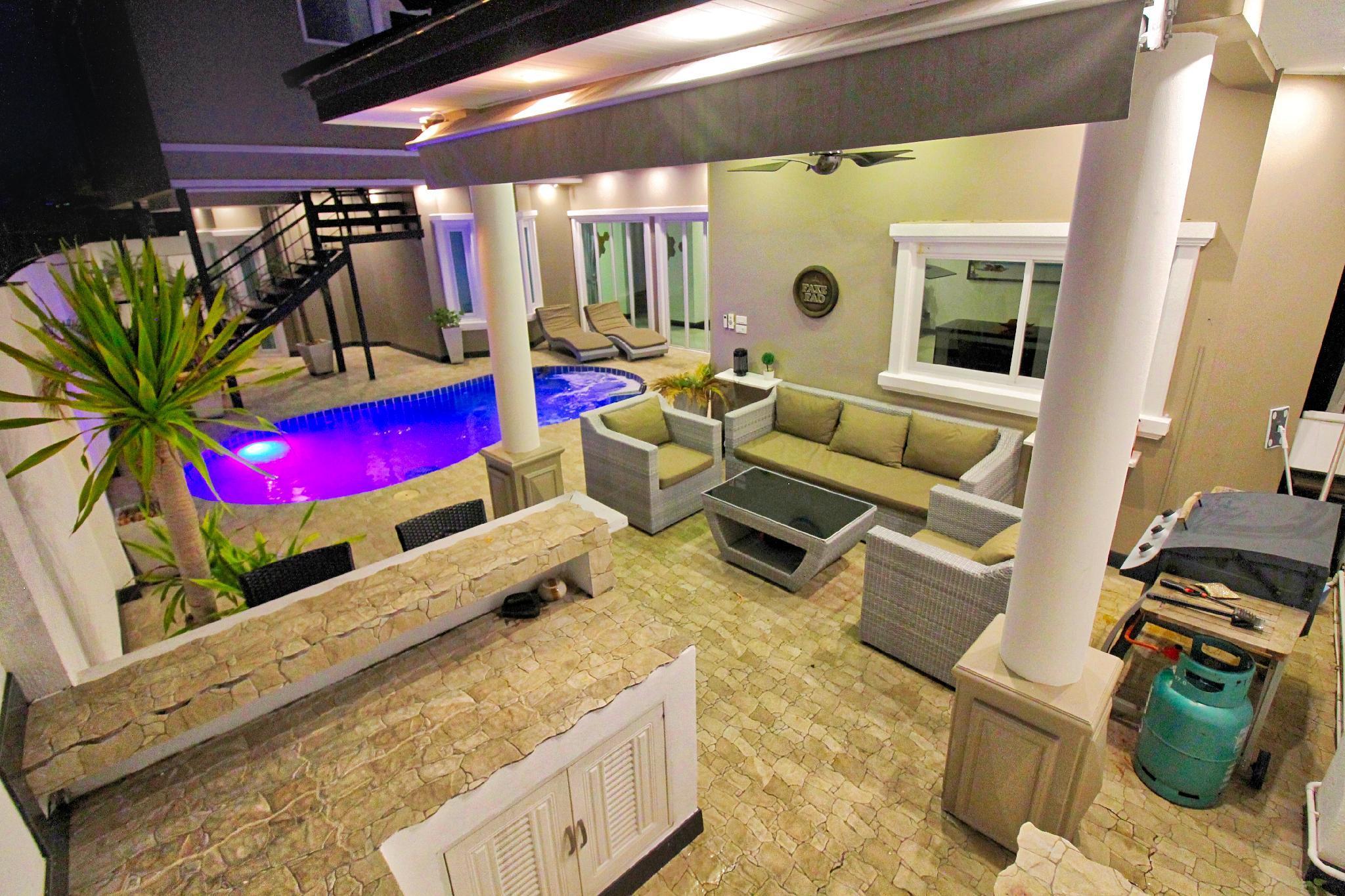 TJ Private Pool Villa