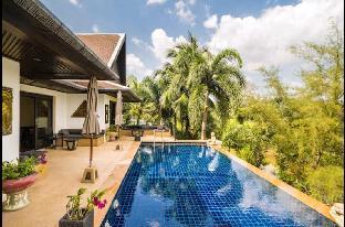 [バンタオ]ヴィラ(300m2)| 5ベッドルーム/5バスルーム 5 BR Pool Villa next to Beach , Maan Tawan  Laguna