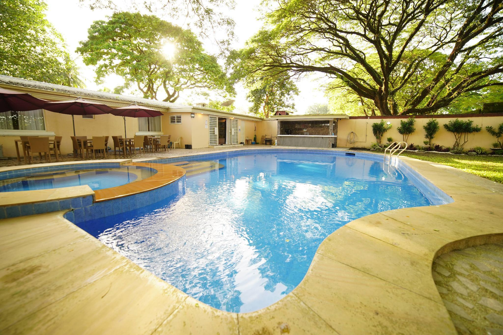 DPARK POOL VILLA  4BR W  Netflix  For 14 Persons