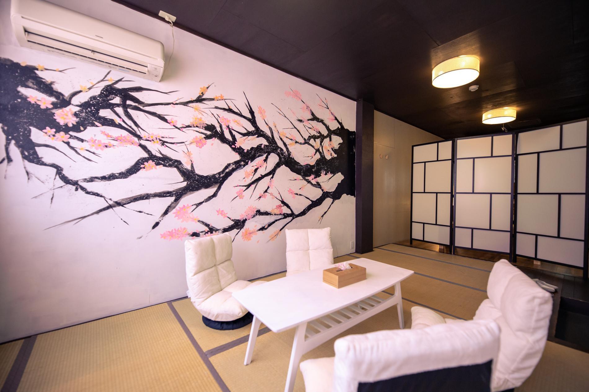 Japanese 2 Bed Room House 5min From JR Namba OB52