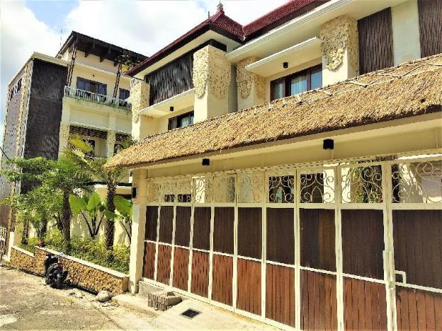 Rumah Padi Luxury Guest House Canggu