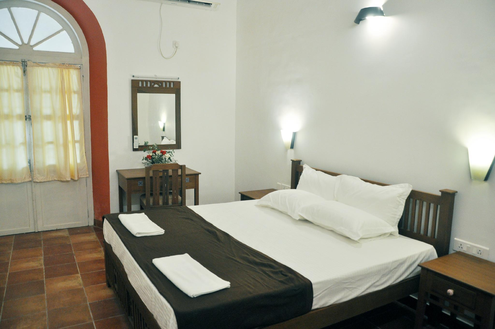 Relax And Enjoy Your Stay In Old Heritage Bungalow