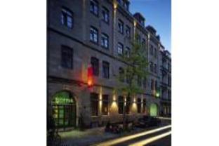 HOPPER Hotel Et Cetera