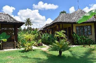 picture 1 of Jonas & Twins Resort