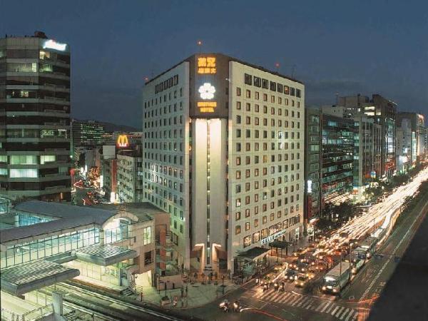 Brother Hotel Taipei